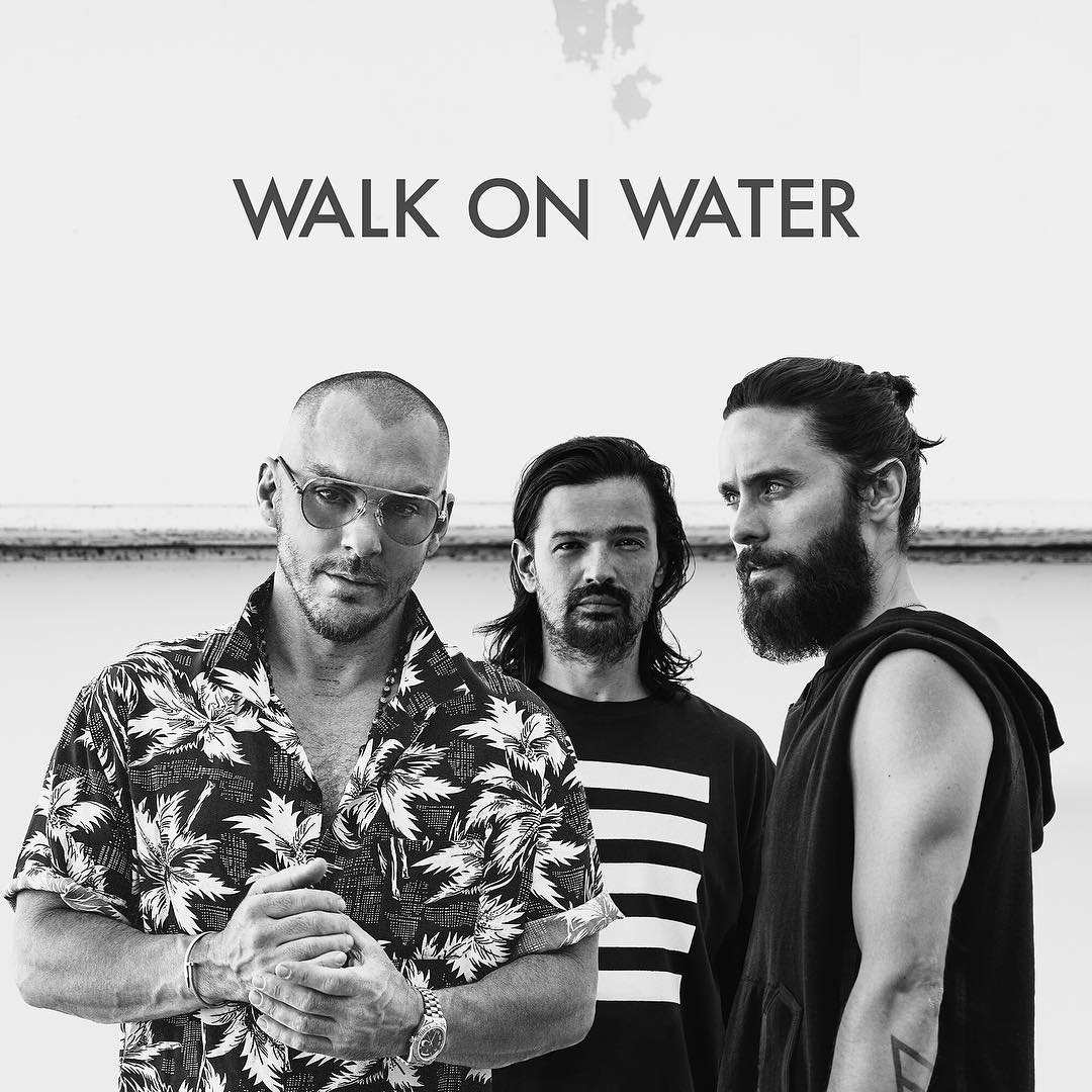 Thirty Seconds to Mars — Walk On Water